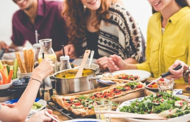 group of friends enjoy vegan meals | Join A Community of Vegans | 6 Tips for New Vegans